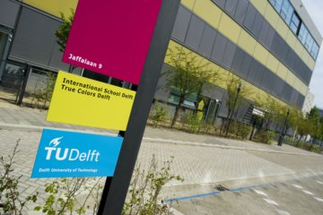 True colors located at TU Delft and partner of international companies